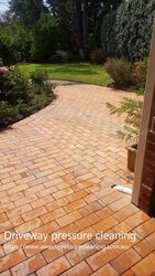 Looking for a pressure cleaning Melbourne